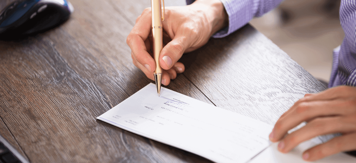 How to Fill out a Check: Step-by-step