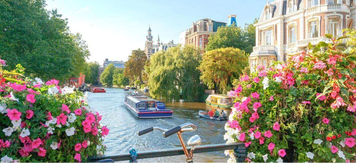transferwise-travel-to-amsterdam