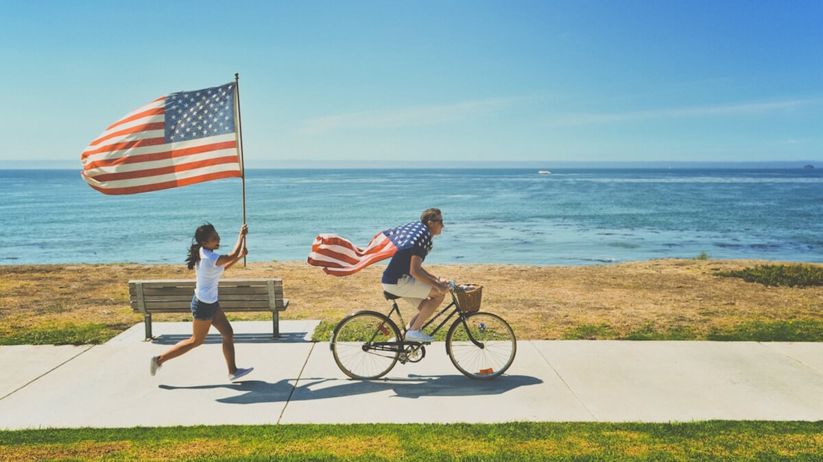 us-flag-on-bicycle